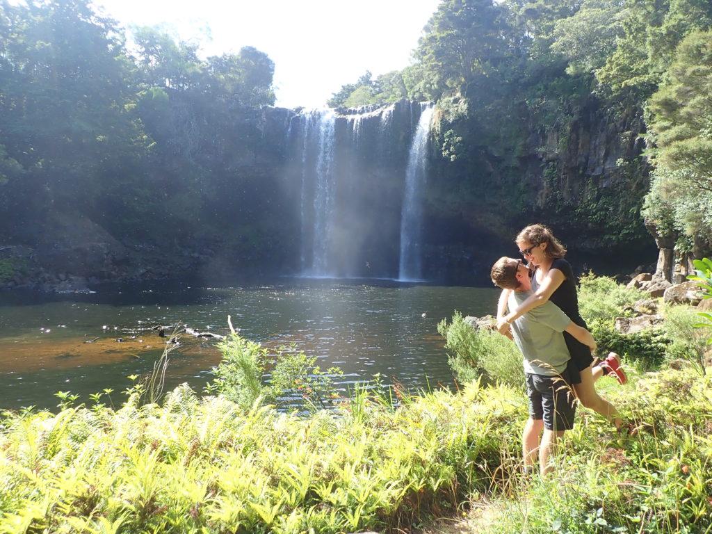 Rainbow Falls à Kerikeri en Nouvelle Zélande.