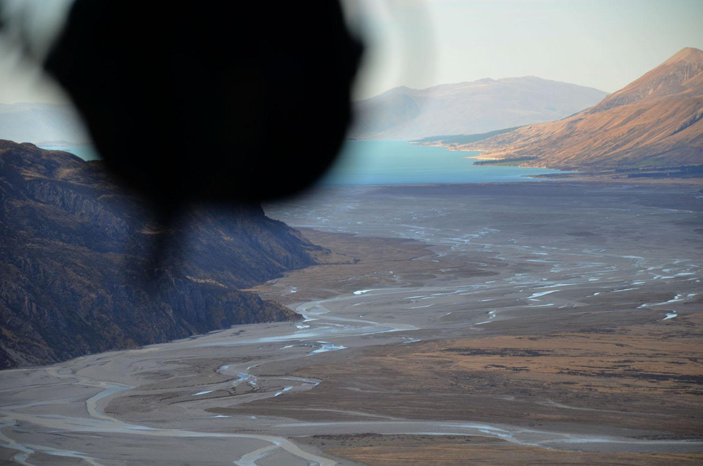 La vue depuis l'hélicoptère au retour sur le Lac Pukaki et les glaciers.